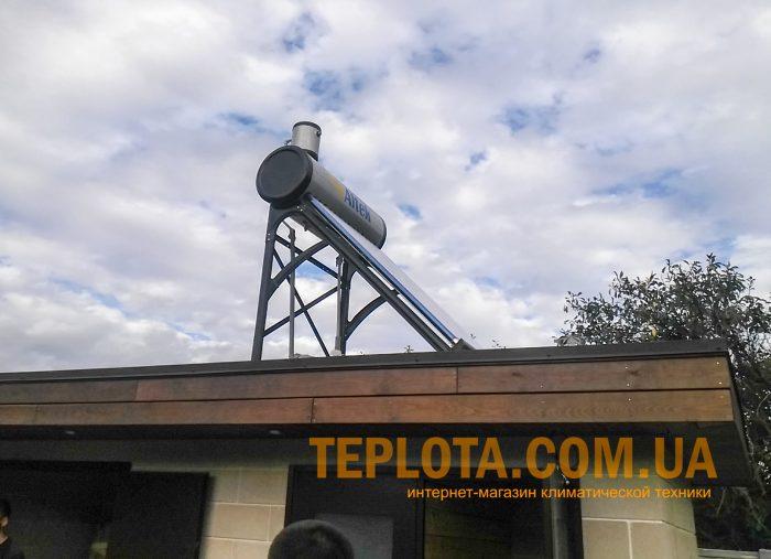 Установка солнечного водонагревателя в Харькове